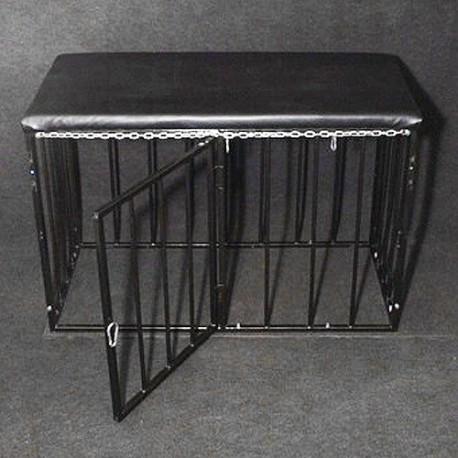 Cage SM pour soumis : Métal et cuir