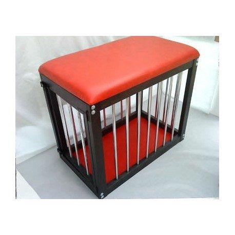 Cage pour soumis : Bois et cuir